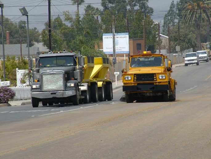 Dirt Hauling Sweeping in Southern California, Orange County